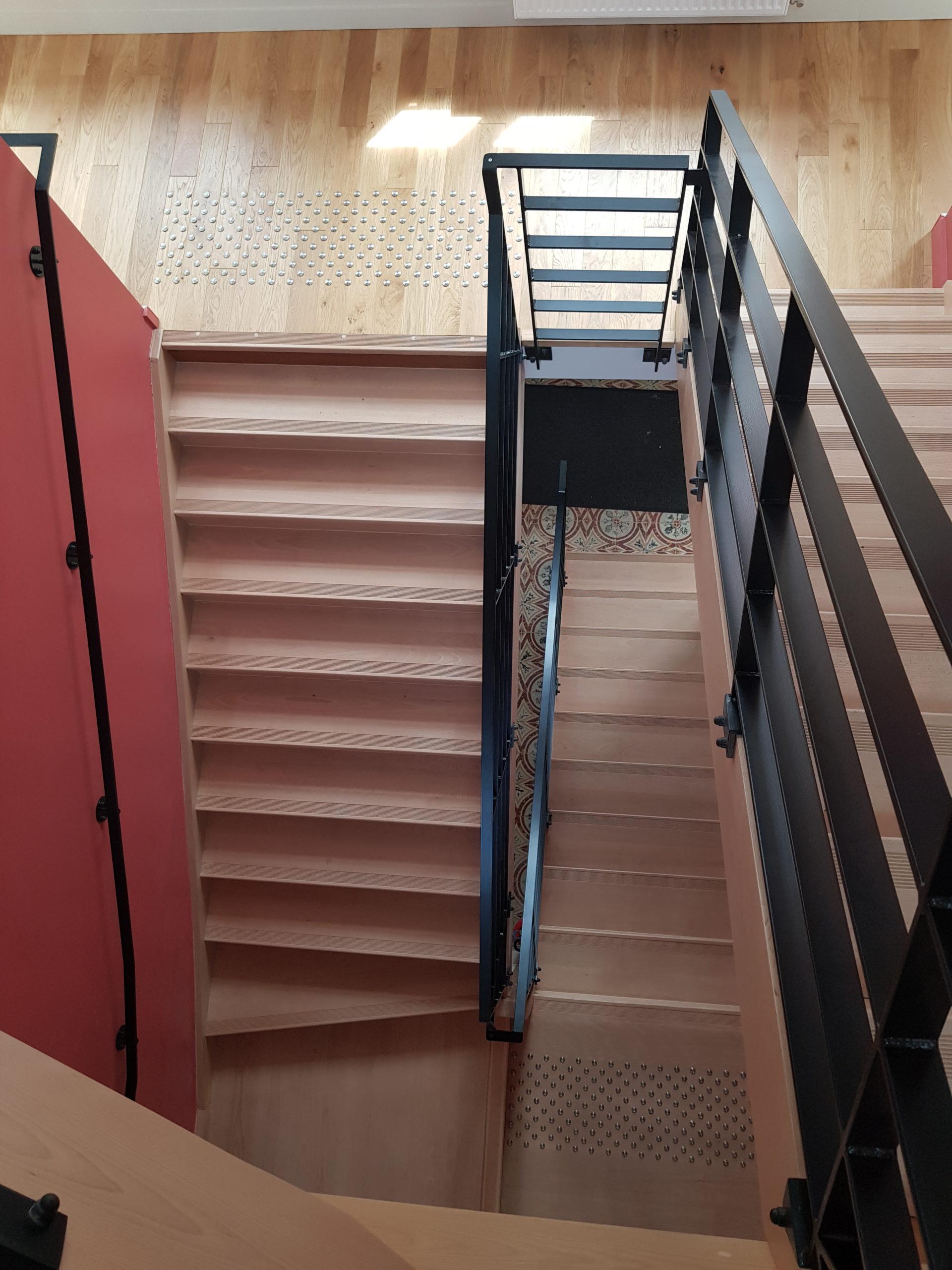 escalier parties communes