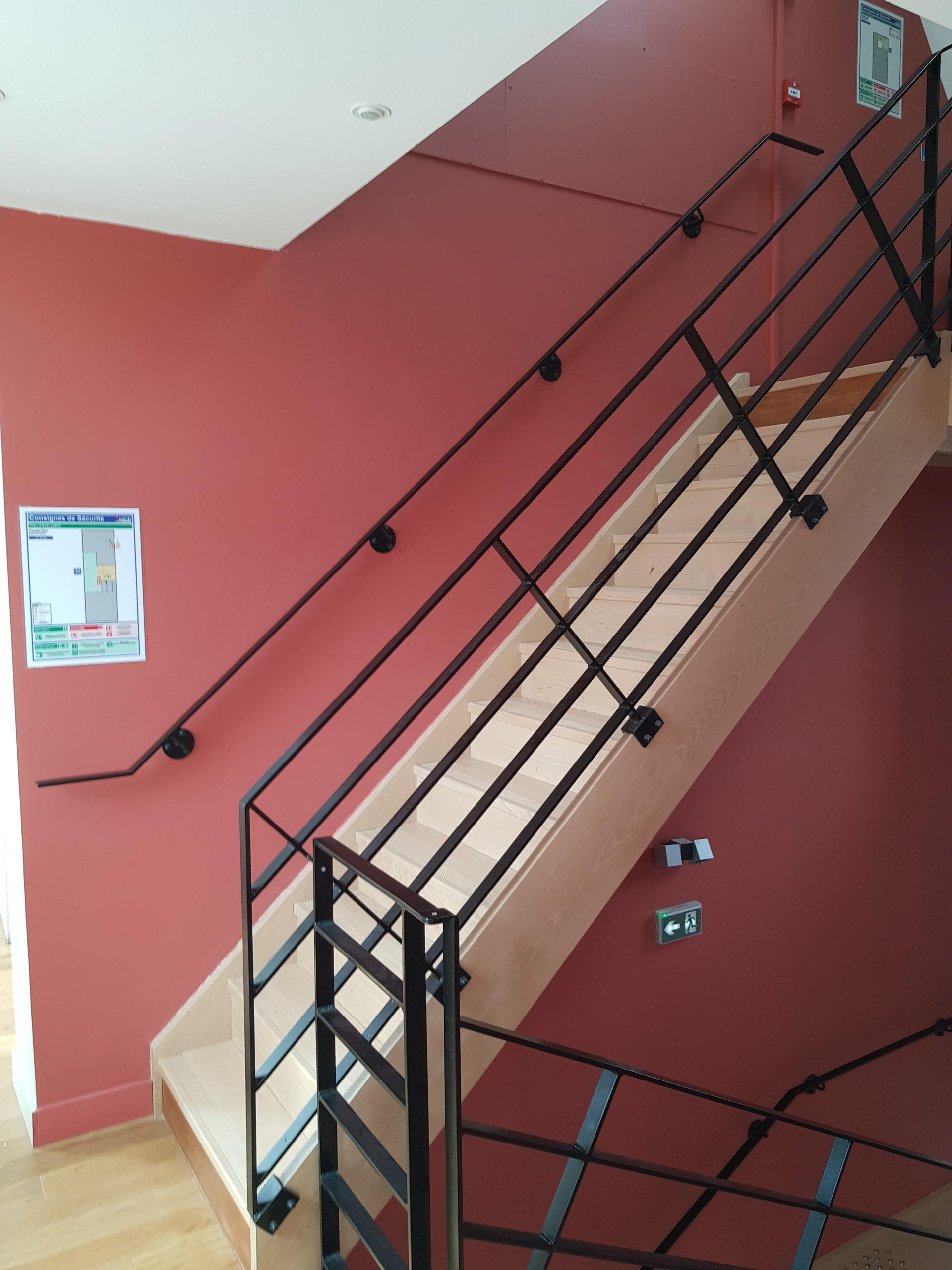 escalier parties commune metal